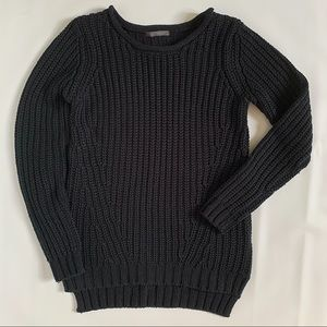 Suzy Shier thick knit black sweater